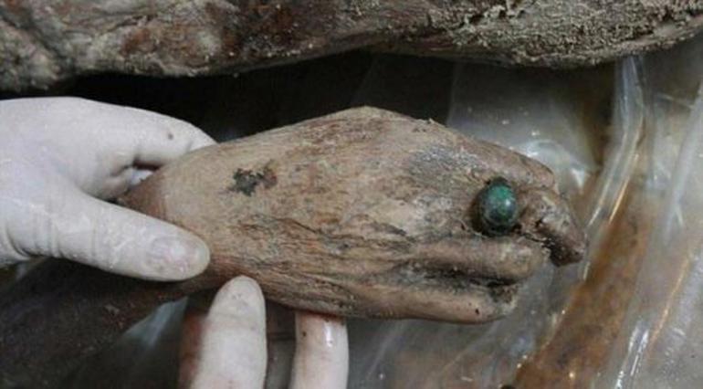 Çin'de 700 Yıllık Kadın Mumya Bulundu