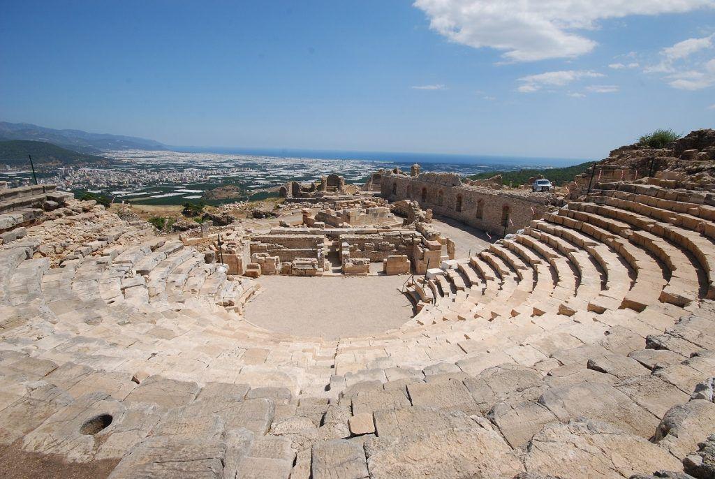 2 Rhodiapolis Tiyatrosu