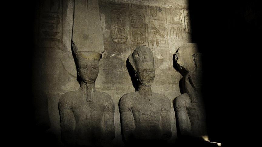 II. Ramses Heykeline Gün Işığı Vurdu 1