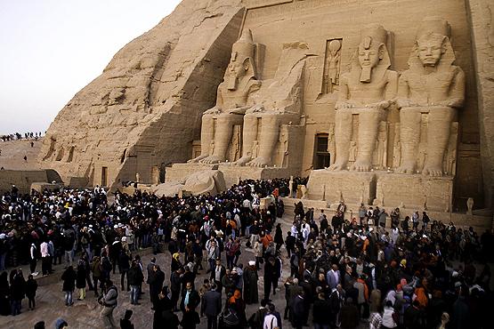 II. Ramses Heykeline Gün Işığı Vurdu 2